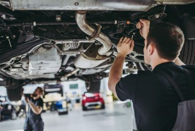 How long does an MOT take?
