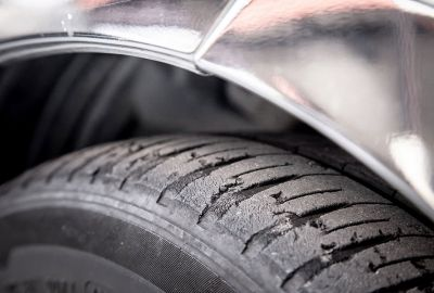 What is uneven tyre wear?